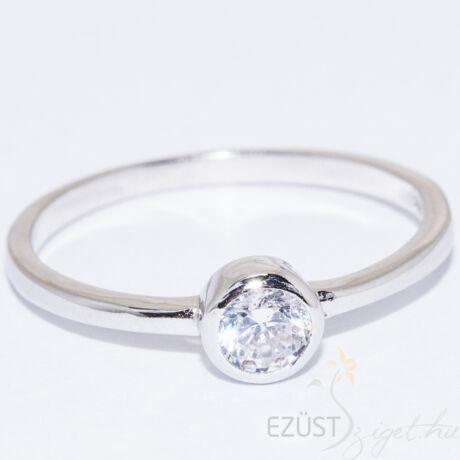 kerek köves ezüst gyűrű