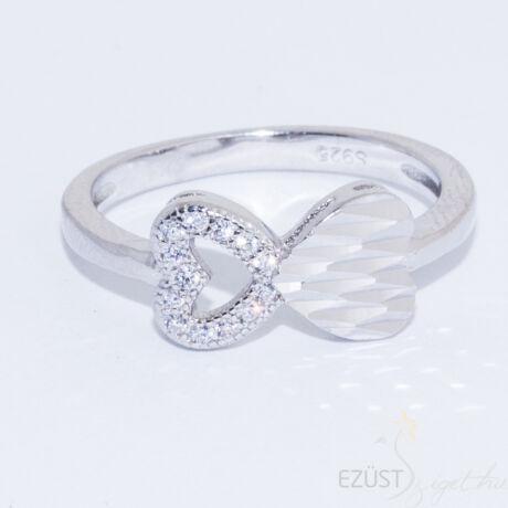 Kis Szívek Gyűrű