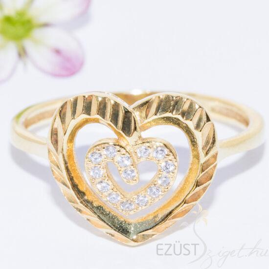 csiszolt szív sárga arany gyűrű