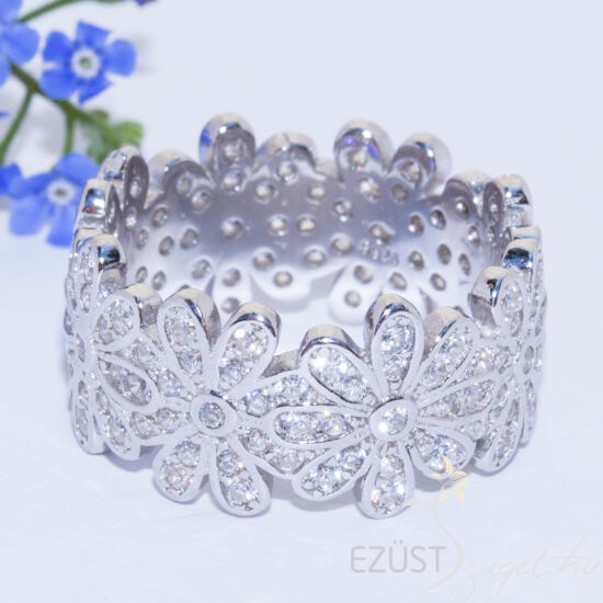 virágok köves gyűrű