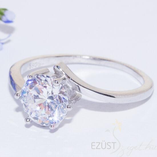 nagy köves gyűrű
