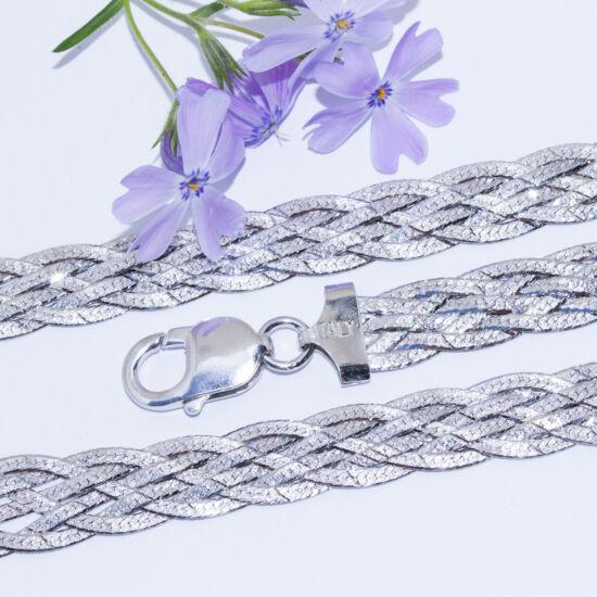 fonott ezüst karkötő