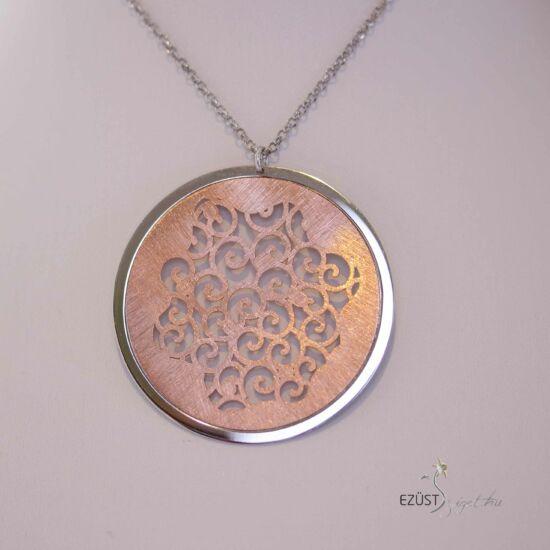 Áttört, kör alakú, rose gold(rózsa arany) színű ezüst nyakék