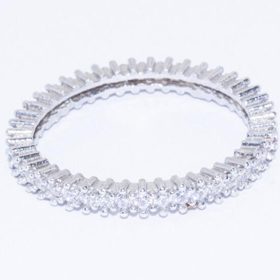 körben köves ezüst gyűrű