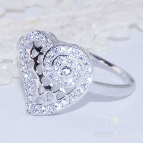Szív Csigavonallal Gyűrű