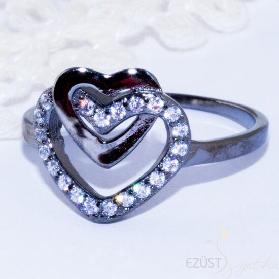 Szívben Szív Gyűrű Fekete Színben
