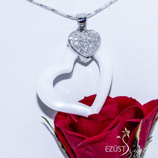 porcelán szív medál