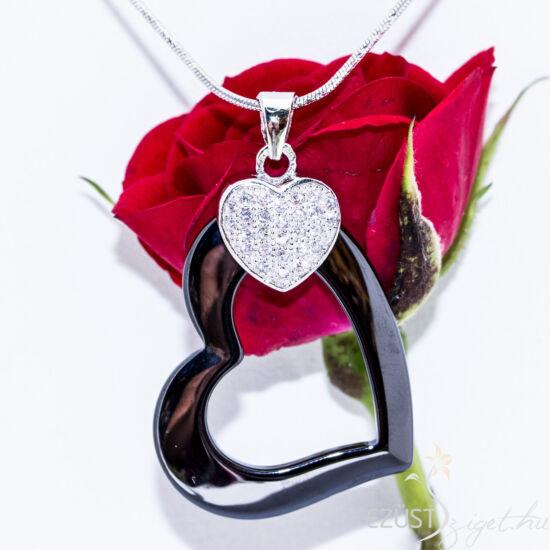 Fekete porcelán szív medál
